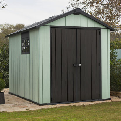 Keter Oakland 759 shed with green painted surfaces